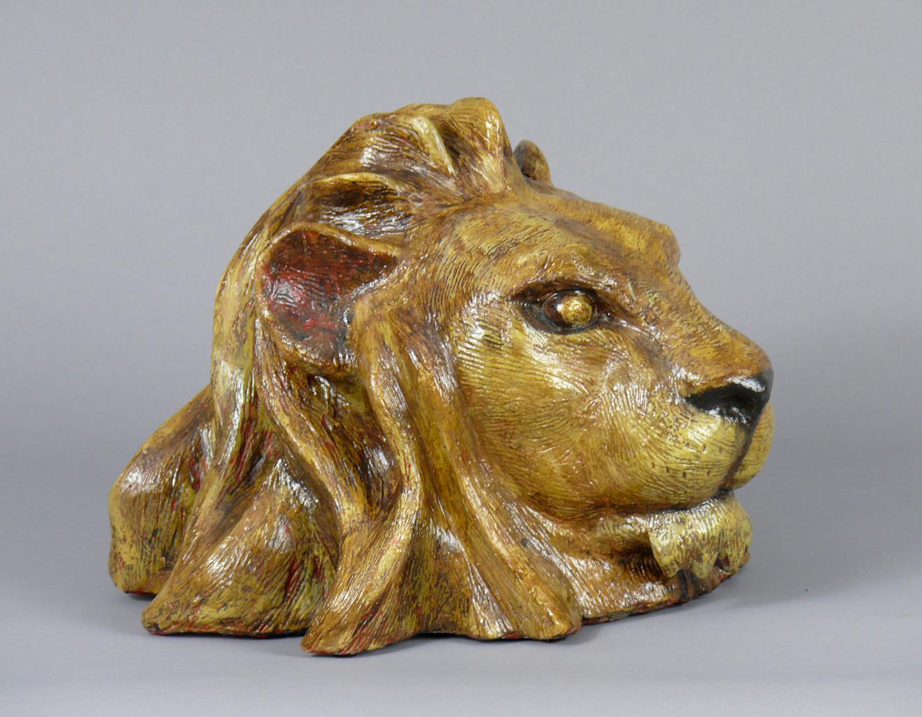 Lion Head in Plaster of Paris